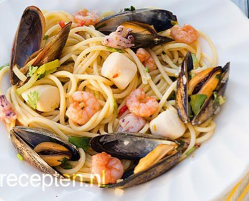 pasta met zeevruchten recept visgerechten visspecialiteiten viswinkel visspeciaalzaak bennekom